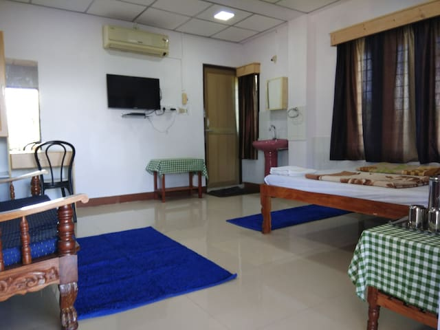 Dutta's Residency (Room D)