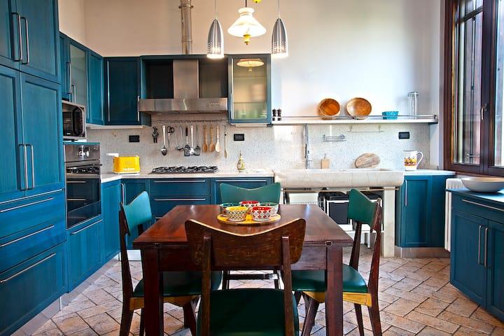 Ca' del Frassino suggestivo appartamento in villa