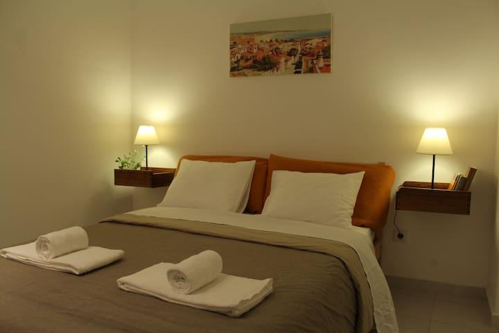 Central Charming Suite w/ Private WC & Terrace - Lisboa - Apartment