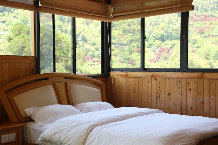 溪口雪窦山上唯一的民宿全景玻璃房