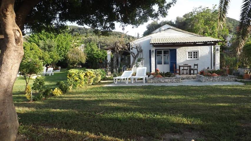 Private veranda and garden of Ponta