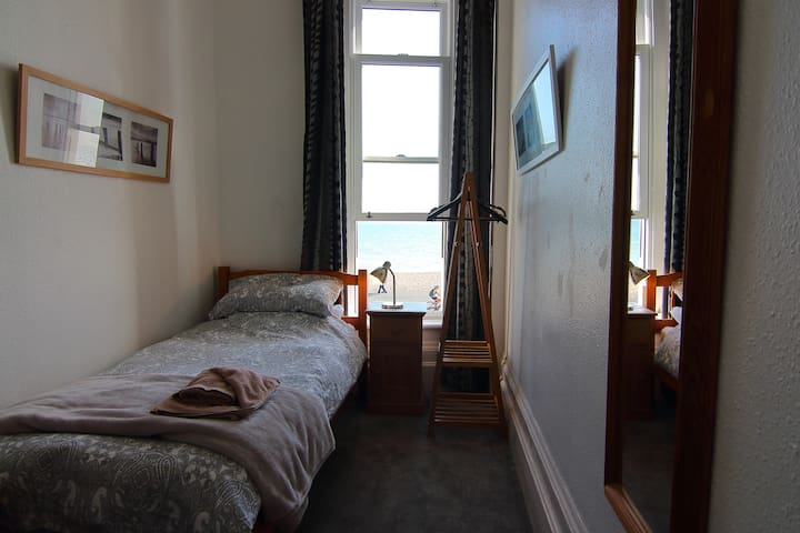 Spectacular Sea View Single in a Victorian B&B