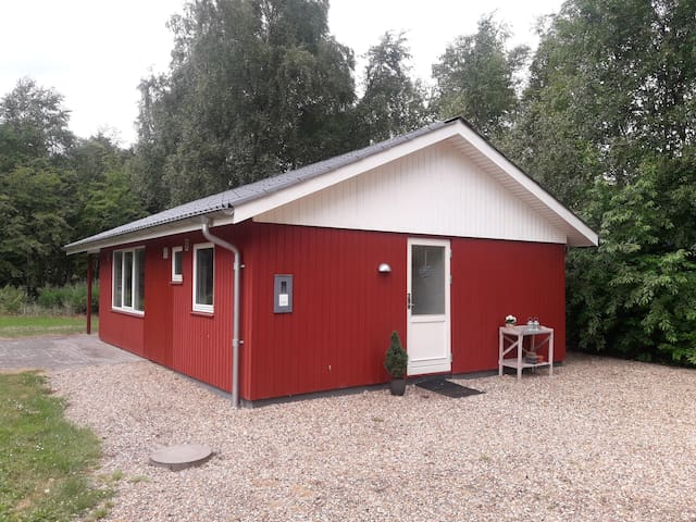 Ribo, - dejligt sommerhus som ligger ved Kviesø.