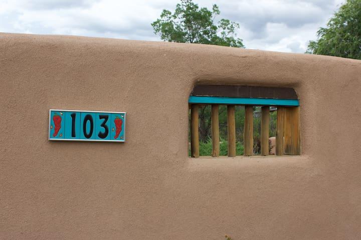 Casa Capulin - Ranchos de Taos - House