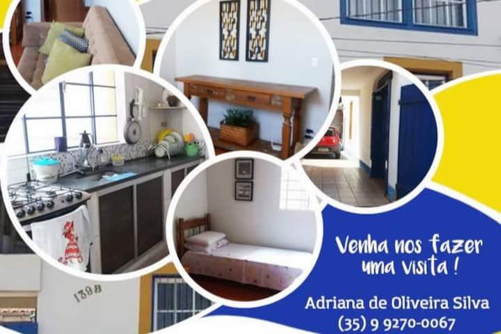 Aluga-se quartos para mulheres em casa residencial