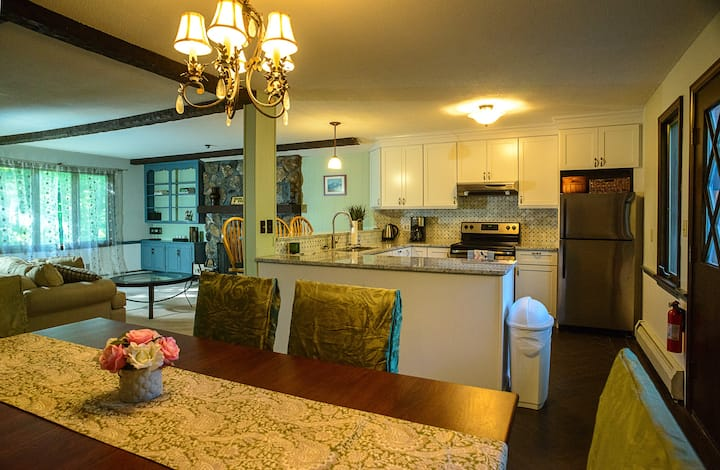 """Perfect """"Social Distance"""" House at Stratton Resort"""