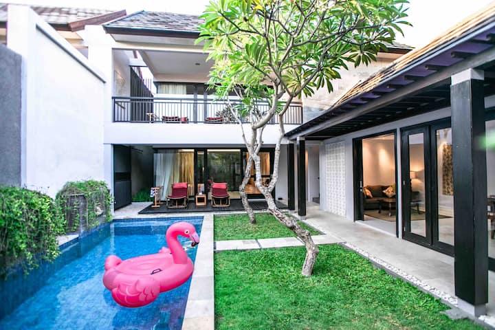 Luxury 2BR Tropical Villa on Heart of Seminyak