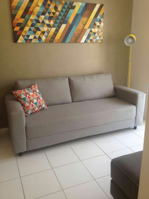 Confortável sofá / Comfortable couch