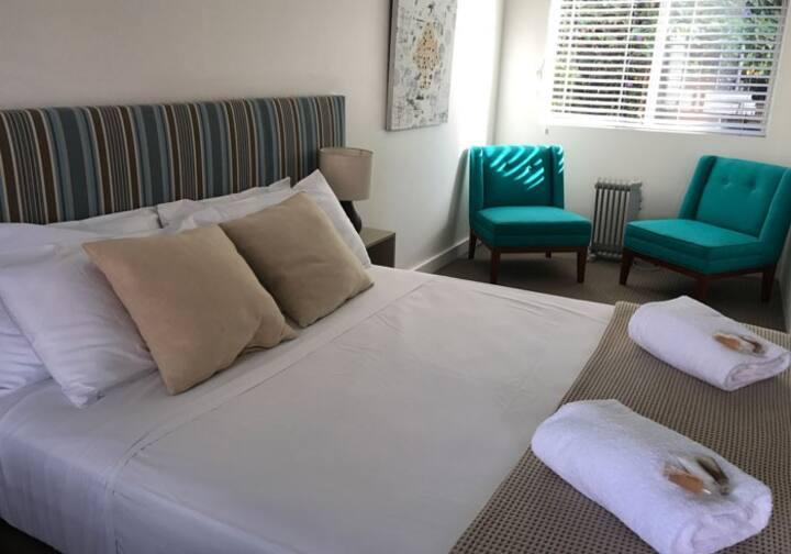 Thirroul Boutique Beach Hotel - Standard Queen