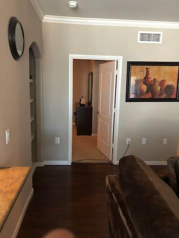 Spacious ,Private, Quiet, Comfy, 2bedroom.