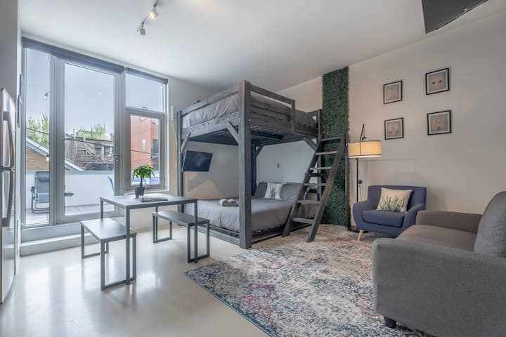 Luxury Studio Loft with Private Patio