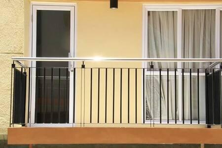 2 Bedroom Condo near Airport and Resorts World - Parañaque