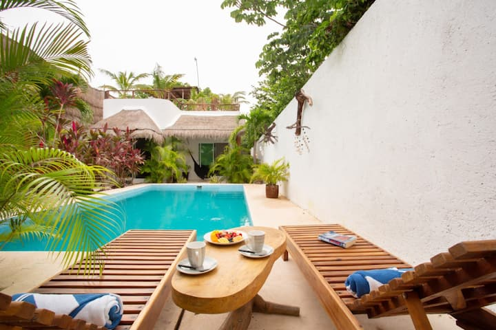 Divine private villa for couples