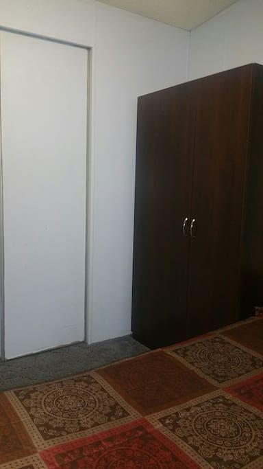 Very spacious closets (walk in closet also)