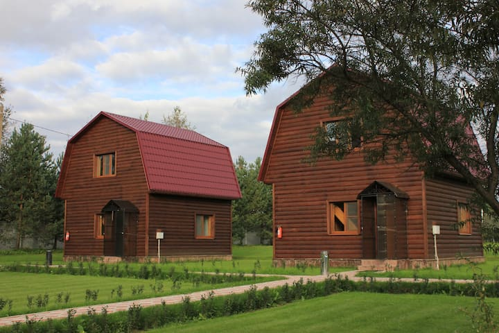 Семейный Клуб Загородного Отдыха ТаменгонТ - Sint-Petersburg - Natuur/eco-lodge