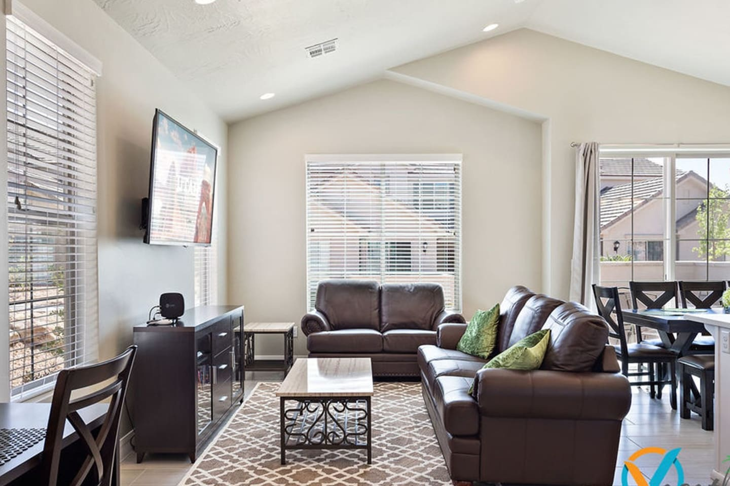 Zions Desert Star - All Master Suites Near Zion - Townhouses for ...