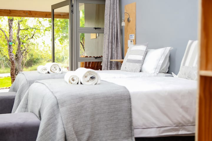 Bushbaby Lodge @ Nkonyeni - Twin Rooms
