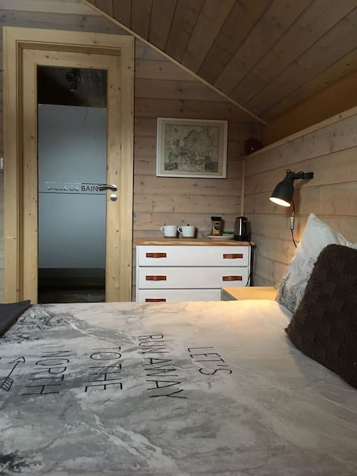 double bed to the ensuite bathroom