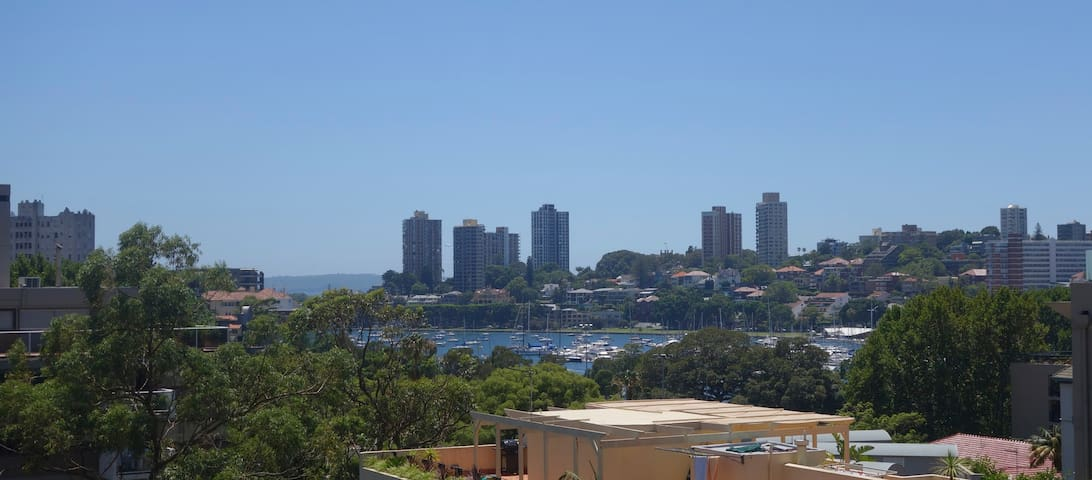 Resort Style Apt with Harbour Views - Rushcutters Bay - Apartamento