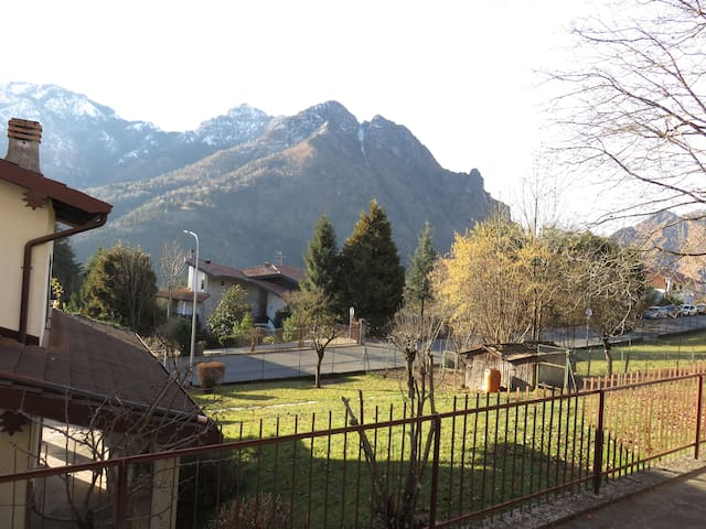 splendida vista sulle montagne - Parre - Appartement