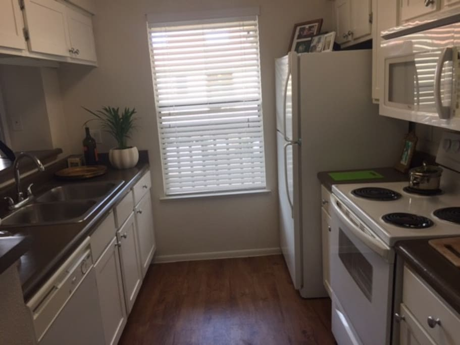Free access to Kitchen.