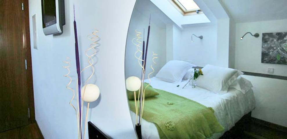 Double room with jacuzzi - El Barraco - Inap sarapan