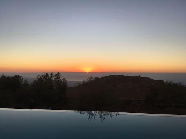 ★ Spacious Retreat ★  | Stunning Views, Pool, Art