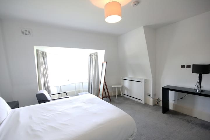Bright En-suite Double in Marylebone/Regent's Park
