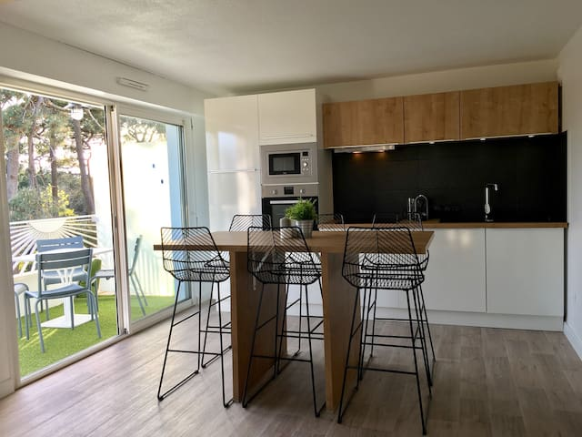 Nice flat with forest view 500 mts from the beach - Le Château-d'Olonne - Wohnung