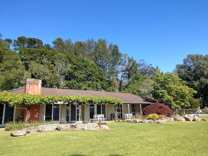 Terralong Farm - House On The Hill