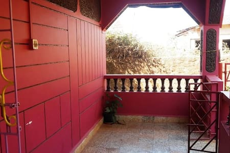 Uncle Subash's Beach House - 2BHK, Fully Furnished - Anjuna Beach - House