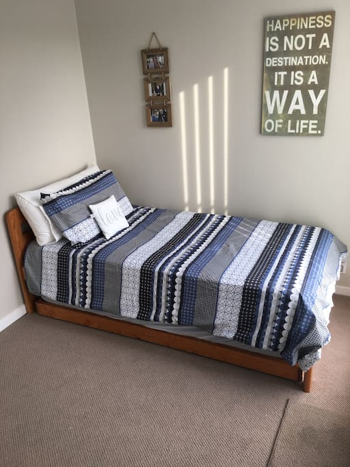 Single Bed with single pull out trundle beneath