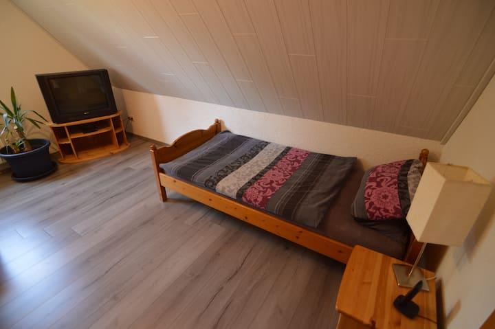 Joe's apartment (3)