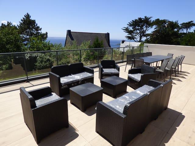 Villa vue mer avec piscine intérieur (12 pers)