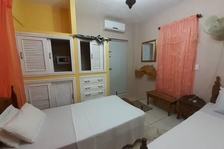 apartamento con balcon hostal doña rita