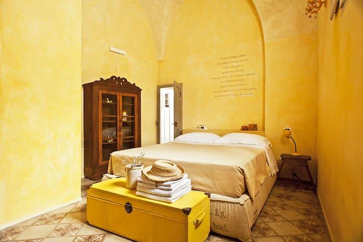 Luna,w\pool,breakfast,garden&all comforts - Diso - Bed & Breakfast