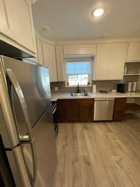NEW! Cheerful Remodeled 2-Bedroom Home.