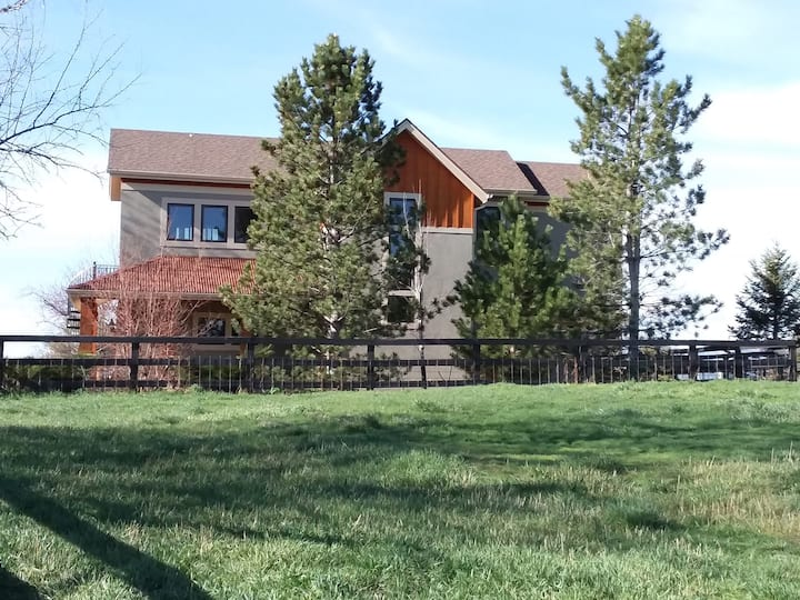 Boulder County Carriage House