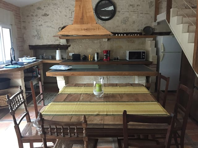 Gite de campagne 3 chambres + cuisine et salon