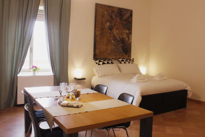 Relax in the heart of Portici