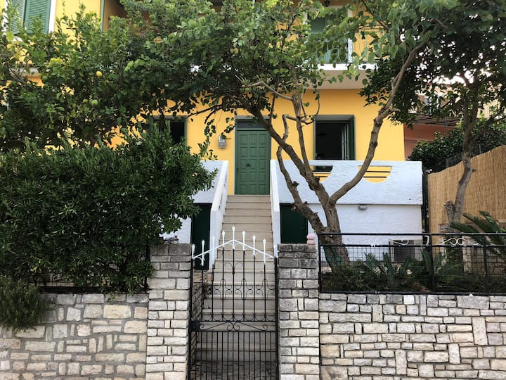 3 Bedroom house in central Gaios