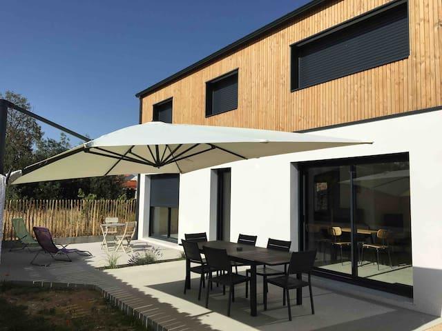 Maison neuve,  SPA intérieur, 800m de la plage