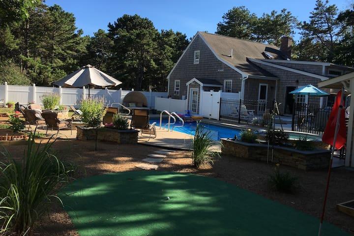 Live WELLfleet - Pool, Spa, Access To Bike Trail
