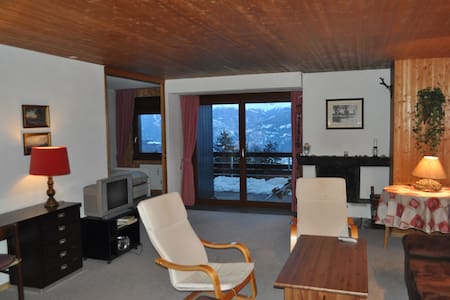 Charming 3-bedroom flat with view - Ayent - Pis