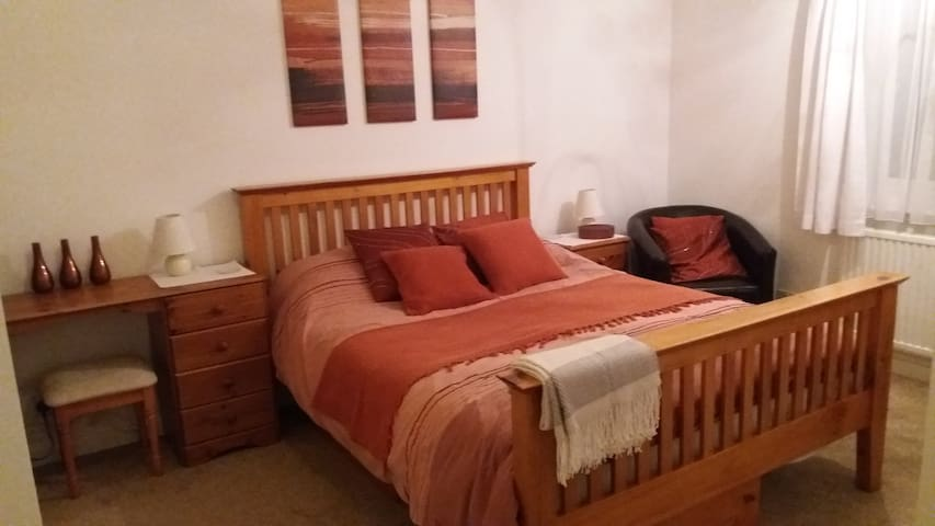 lovely room with private ensuite - Suffolk - Bed & Breakfast