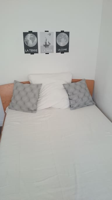 Richtiges Bett im Schlafzimmer