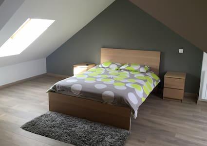 Belle chambre duplex dans maison en colocation - Dunkerque