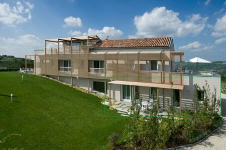 House in the Vineyard - Apt Prasuè