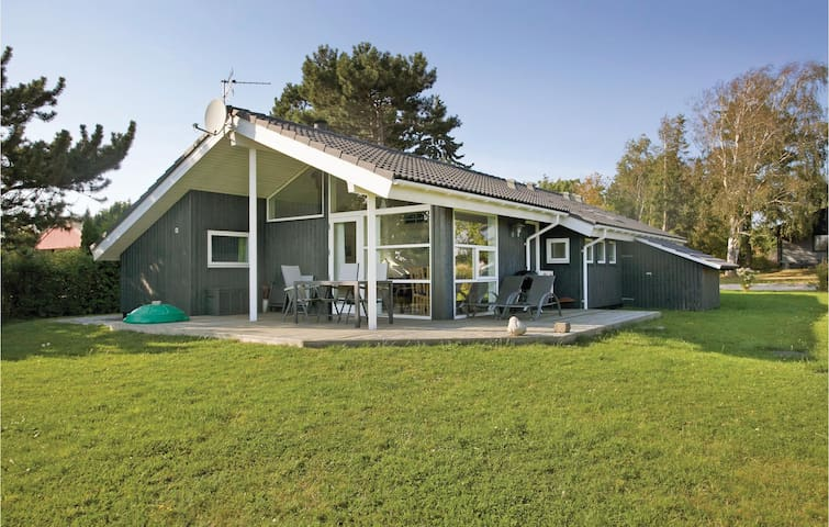 Holiday cottage with 3 bedrooms on 90m² in Slagelse