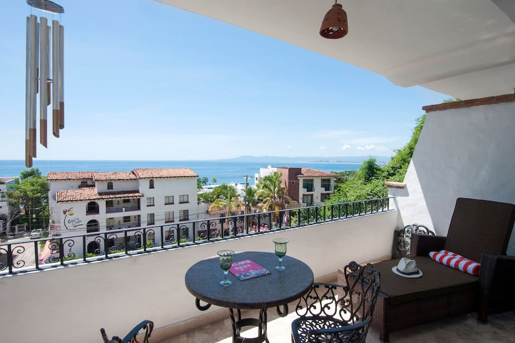Private CondoTerrace with Ocean View